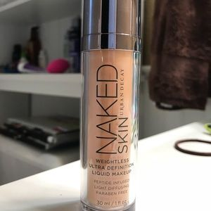 Urban Decay Naked Skin foundation in shade 2.0.